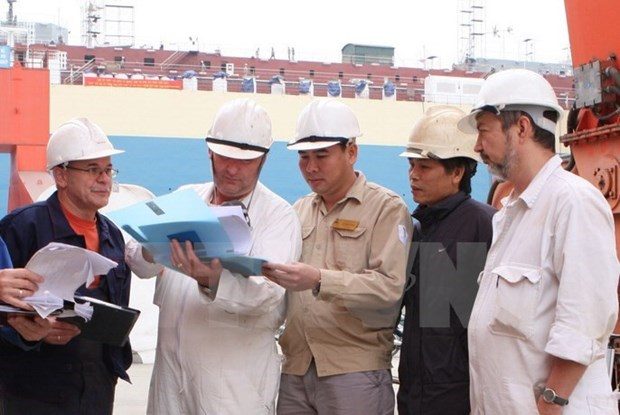 Plus de 93.700 travailleurs etrangers au Vietnam hinh anh 1