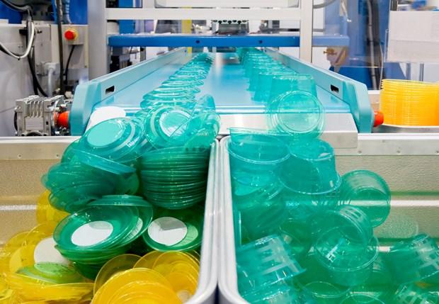 Pres de 2 milliards de dollars d'exportations de produits en plastique hinh anh 1