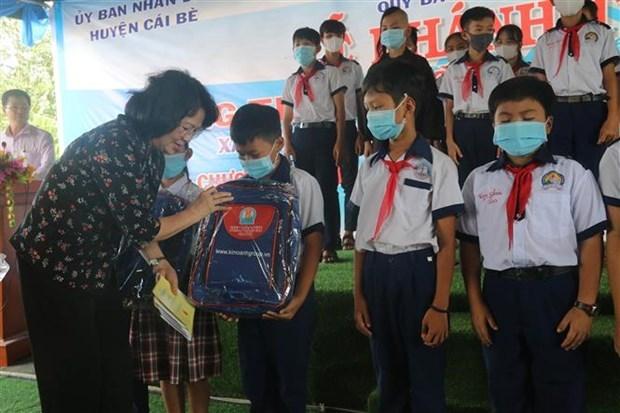 La vice-presidente visite les beneficiaires des politiques a Tien Giang hinh anh 1