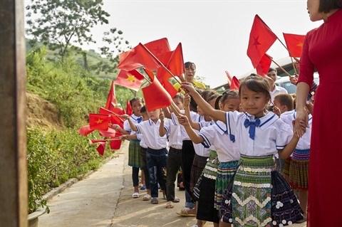 Une rentree de joie pour les enfants ethniques minoritaires a Tuc Dan hinh anh 1