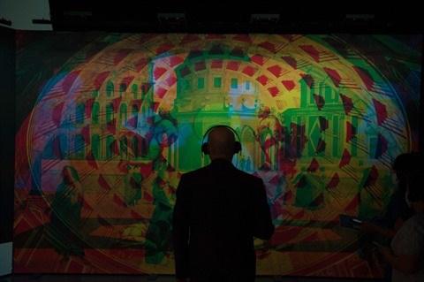 Vietnam - Italie : L'exposition virtuelle du peintre Raphael a Hanoi hinh anh 1
