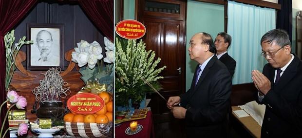 Le Premier ministre rend hommage au President Ho Chi Minh hinh anh 1