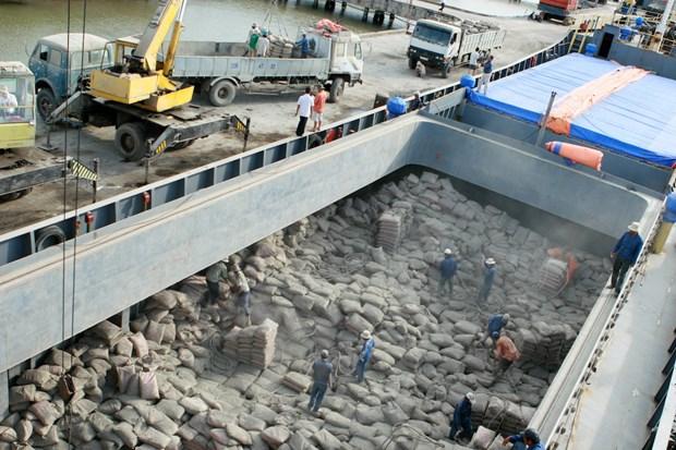 Huit mois: Les exportations de ciment augmentent en volume et en valeur hinh anh 1