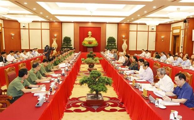 Le leader Nguyen Phu Trong montre la voie a la Police populaire hinh anh 2