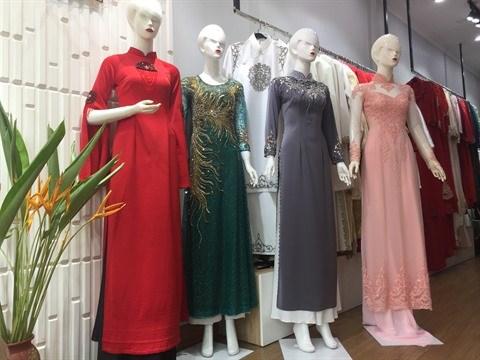 L'ao dai, l'embleme des femmes vietnamiennes hinh anh 1