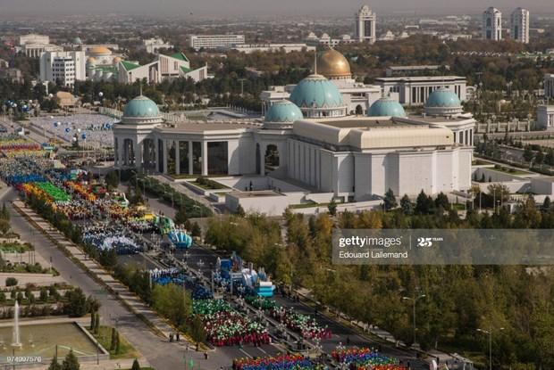 Le Vietnam felicite le Turkmenistan pour sa Fete de l'Independance hinh anh 1