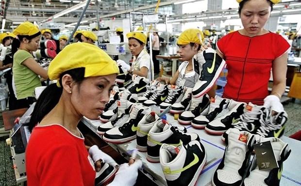 """""""L'economie vietnamienne ne se redressera pas en forme de V, mais par de virgule, comme le logo Nike"""" hinh anh 1"""