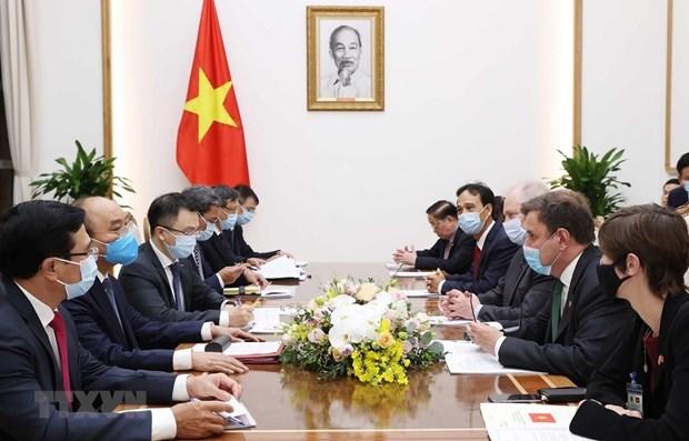 Le PM recoit le ministre d'Etat britannique charge de la politique commerciale hinh anh 1