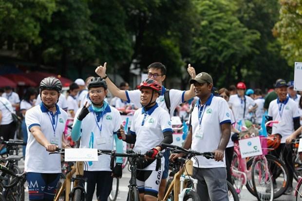 "Course cycliste ""Pour une Hanoi plus verte"" hinh anh 1"