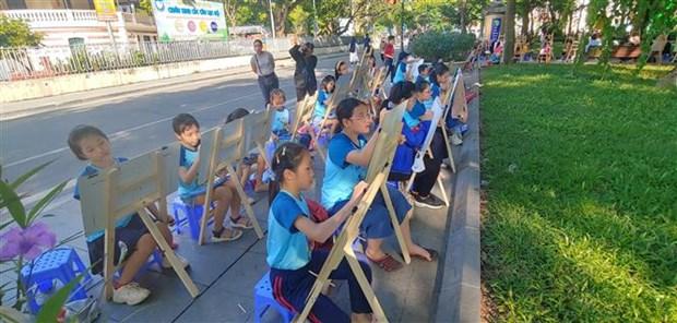 Concours international de dessins sur Hanoi hinh anh 1