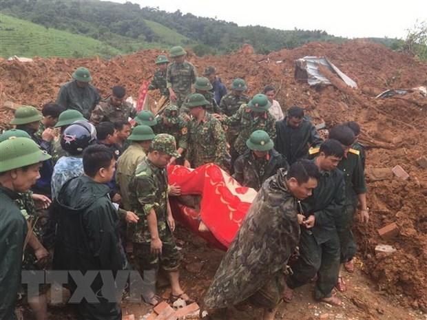 Les inondations ont fait 20 morts et 27 disparus a Quang Tri hinh anh 1