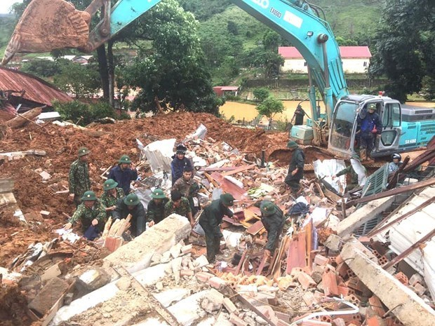 Les autorites mobilisees pour porter secours aux victimes des inondations hinh anh 1