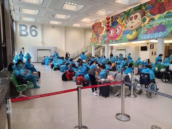 COVID-19 : Rapatriement de pres de 360 citoyens vietnamiens bloques a Taiwan (Chine) hinh anh 1