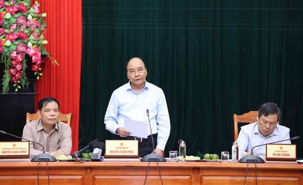 Le Premier ministre travaille avec les provinces sinistrees du Centre hinh anh 2