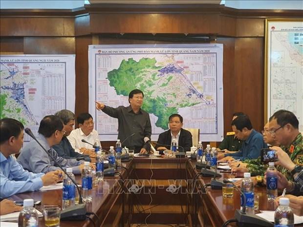 Le vice-PM Trinh Dinh Dung appelle a une vigilance maximale face au typhon Molave hinh anh 1