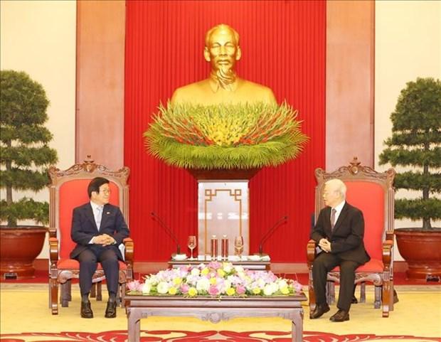 Le leader du PCV recoit le president de l'AN sud-coreenne en visite officielle au Vietnam hinh anh 1