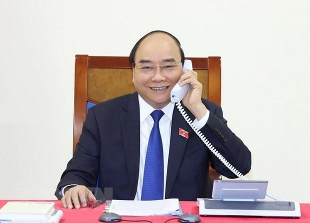 Le PM s'entretient au telephone avec son homologue thailandais hinh anh 1