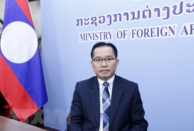 ASEAN 2020 : le vice-ministre laotien des AE apprecie la presidence vietnamienne hinh anh 1