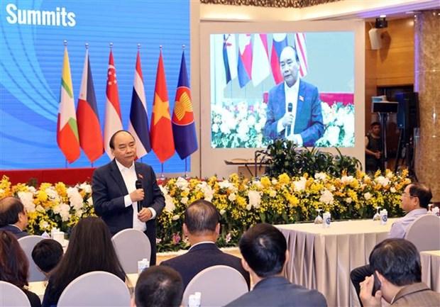 Le Premier ministre examine les preparatifs du 37e Sommet de l'ASEAN hinh anh 1