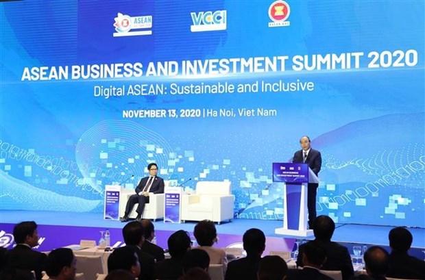 Le PM appelle a des efforts conjoints des entreprises pour la reprise regionale hinh anh 1
