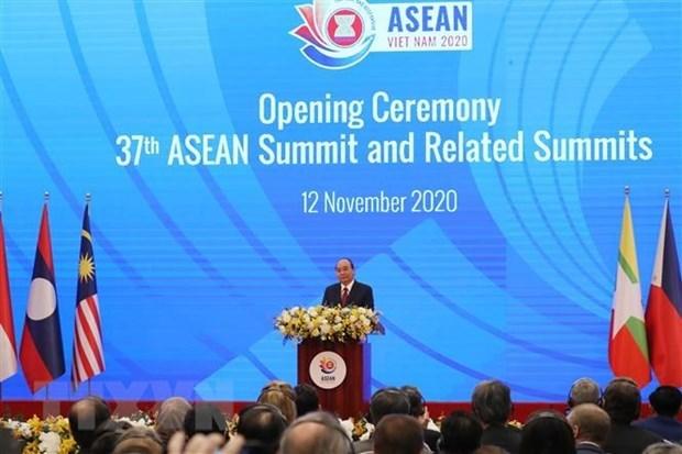 Le Vietnam joue un role primordial dans l'ASEAN pendant la pandemie de COVID-19, selon le Cambodge hinh anh 1