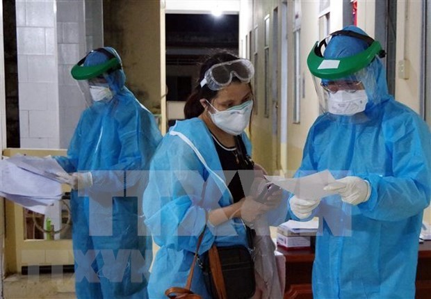COVID-19: le Vietnam enregistre neuf nouveaux cas importes hinh anh 1