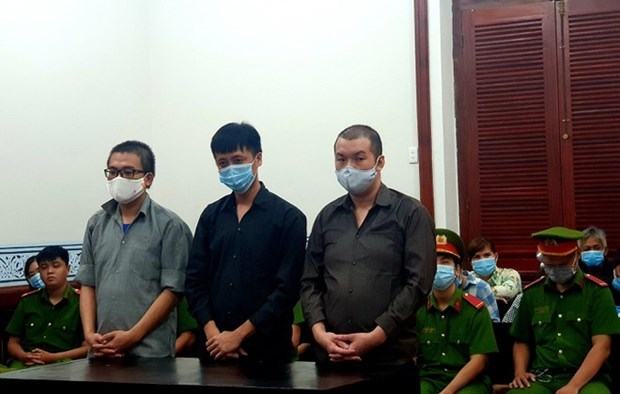 Trois condamnations pour organisation du sejour irregulier des etrangers au Vietnam hinh anh 1
