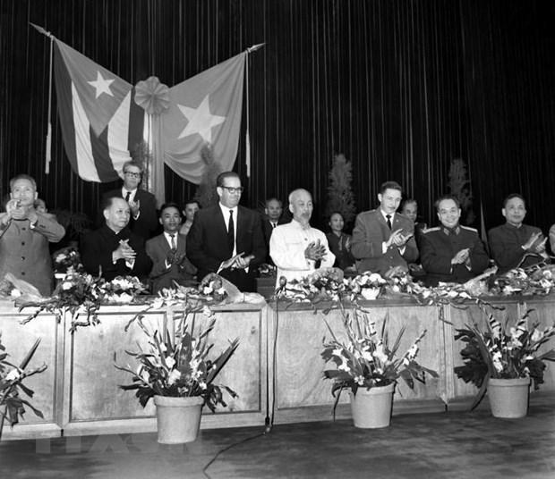 Le Vietnam et Cuba ecrivent de nouvelles pages dans une histoire glorieuse hinh anh 1