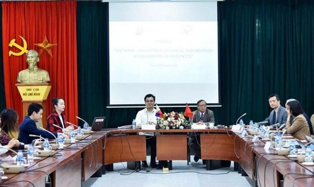 Table ronde sur le partenariat strategique Vietnam-Philippines hinh anh 1