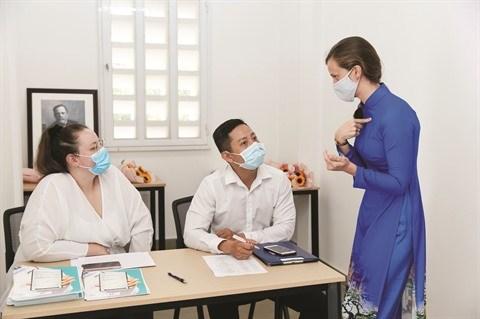 Une initiative franco-vietnamienne pour aider les malades a mieux respirer hinh anh 1