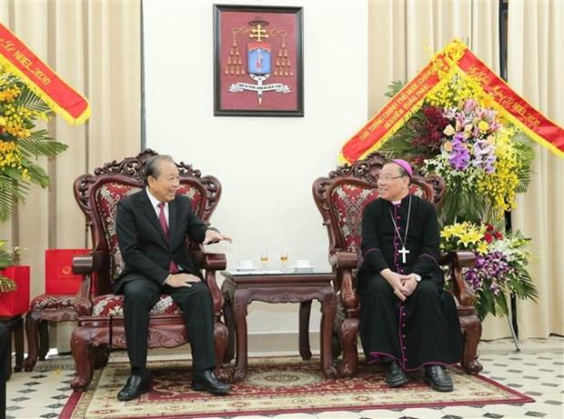 Noel : le vice-PM Truong Hoa Binh adresse ses voeux aux catholiques hinh anh 1