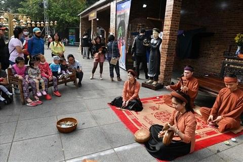 Maintes activites au Festival de la culture folklorique dans la vie contemporaine 2020 hinh anh 1