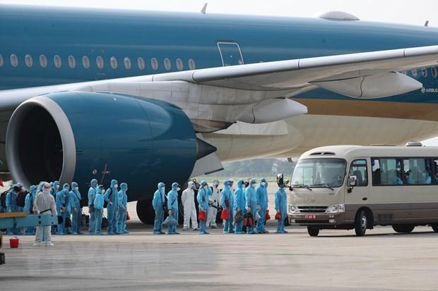 Rapatriement de plus de 340 citoyens vietnamiens de Russie hinh anh 1