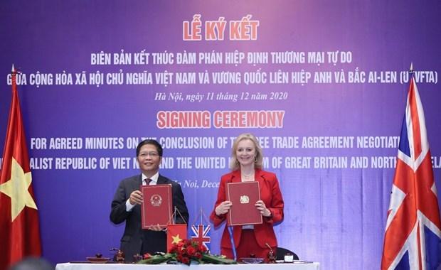 Le libre-echange Vienam-Royaume-Uni va entrer en vigueur la nuit du 31 decembre hinh anh 1