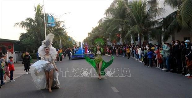 Le premier Carnaval d'hiver a Quang Ninh hinh anh 2