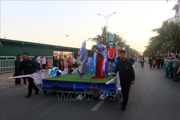 Le premier Carnaval d'hiver a Quang Ninh hinh anh 5