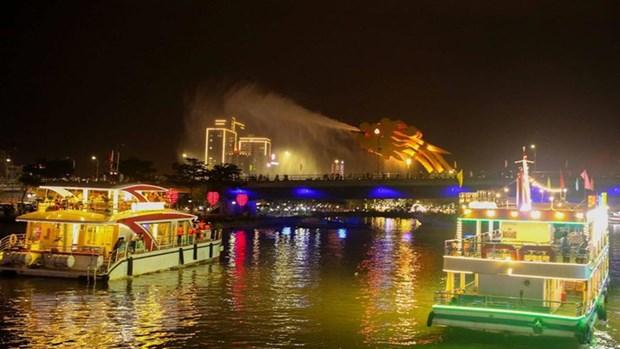 Da Nang relance les activites touristiques nocturnes sur la riviere Han hinh anh 1