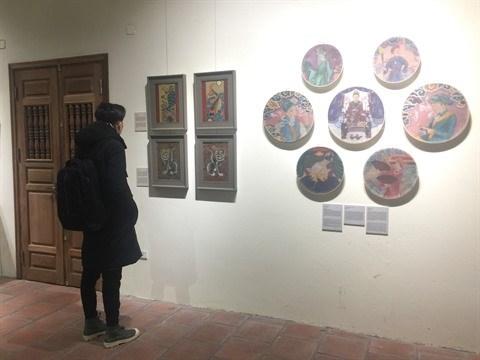 Les jeunes artistes peintres se passionnent pour les estampes de Hang Trong hinh anh 2