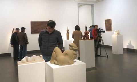 Ouverture d'une exposition des beaux-arts a Hanoi hinh anh 1