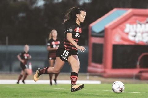 Alexandra Huynh, bientot en equipe nationale de football feminin ? hinh anh 1