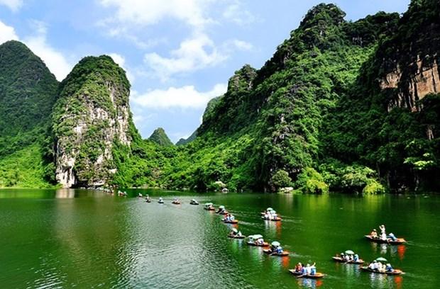 Ninh Binh devoile ses plans pour l'Annee nationale du tourisme 2021 hinh anh 1