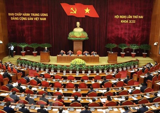 Premiere journee de travail du 2e Plenum du Comite central du Parti hinh anh 1