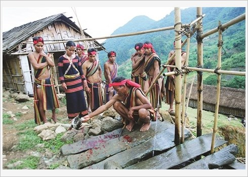 Culte du quai fluvial des minorites ethniques du Tay Nguyen hinh anh 1