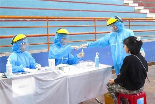COVID-19 : le Vietnam confirme un nouveau cas de transmission locale hinh anh 1