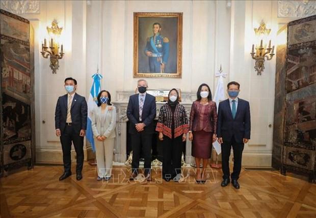 Argentina y la Asociación de Naciones del Sudeste Asiático (ASEAN) fortalecen sus relaciones de cooperación entre Heinh Anh1