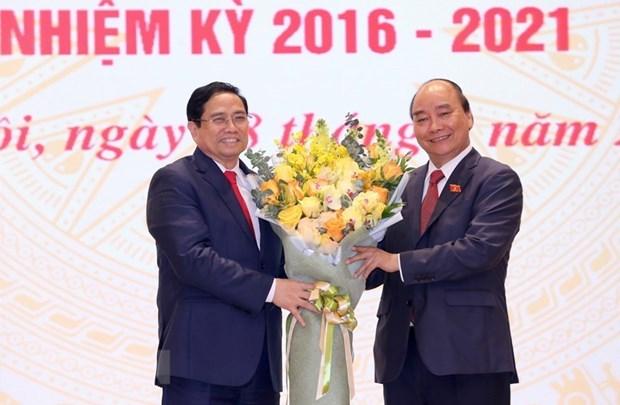 Ceremonie de passation des pouvoirs entre les Premiers ministres hinh anh 1
