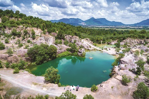 Le lac Ta Pa, nouvelle attraction touristique de An Giang hinh anh 1