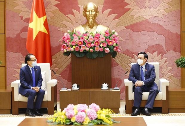 Le president de l'Assemblee nationale recoit l'ambassadeur du Cambodge hinh anh 1