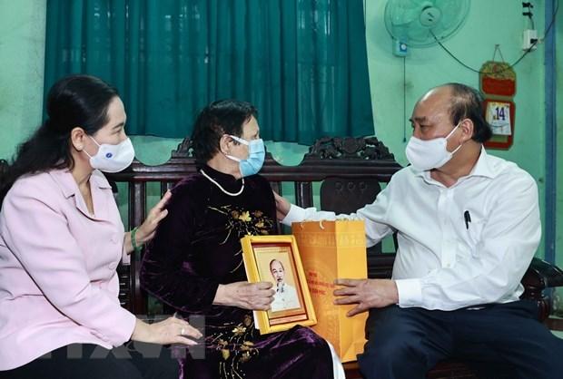 Le chef de l'Etat rencontre des electeurs de Ho Chi Minh-Ville hinh anh 2