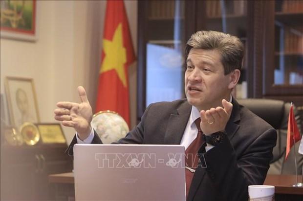 Un professeur russe apprecie la pensee Ho Chi Minh dans la nouvelle ere hinh anh 1